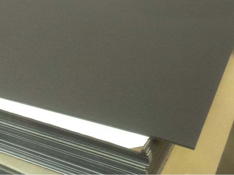 VOLTIS LC 141 (paper-phenolic laminate covered with rubber)